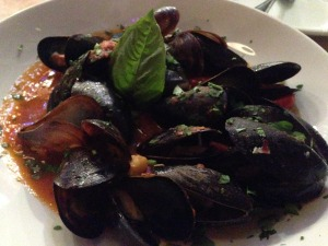 Tender mussels popped with juiciness, and once they were gone, I was tempted to take a bath in the remaining garlicky red sauce.